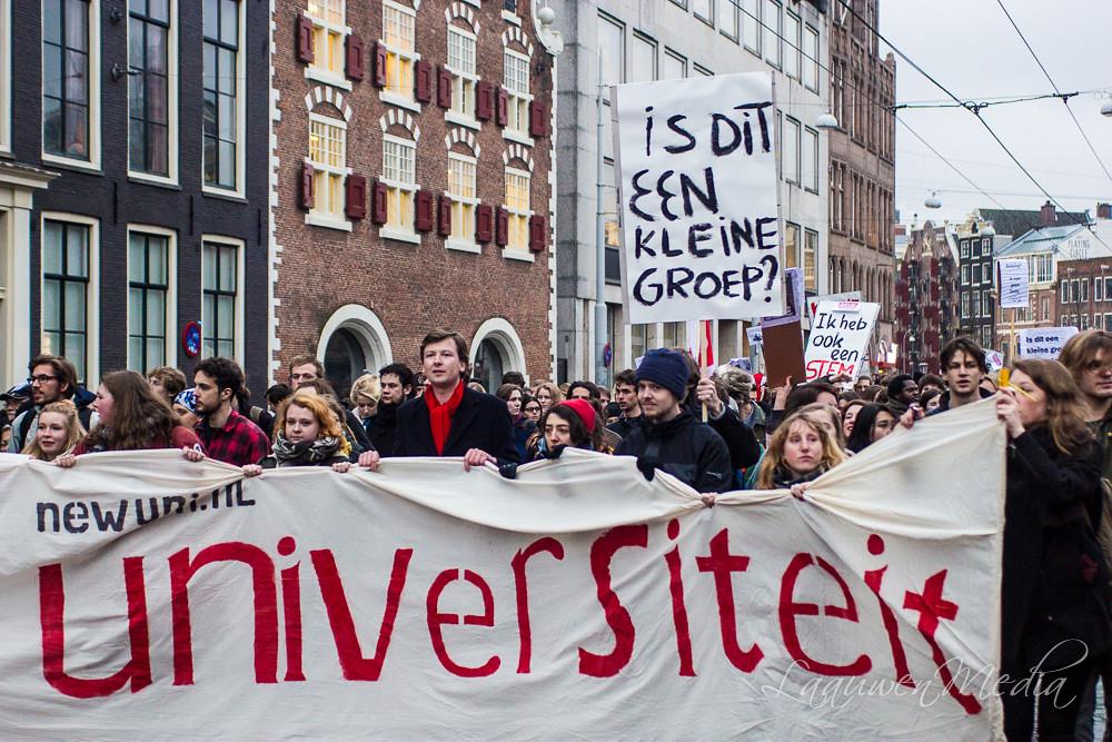 Hard//talk: Hoe serieus kan de studentendemocratie zichzelf nog nemen?