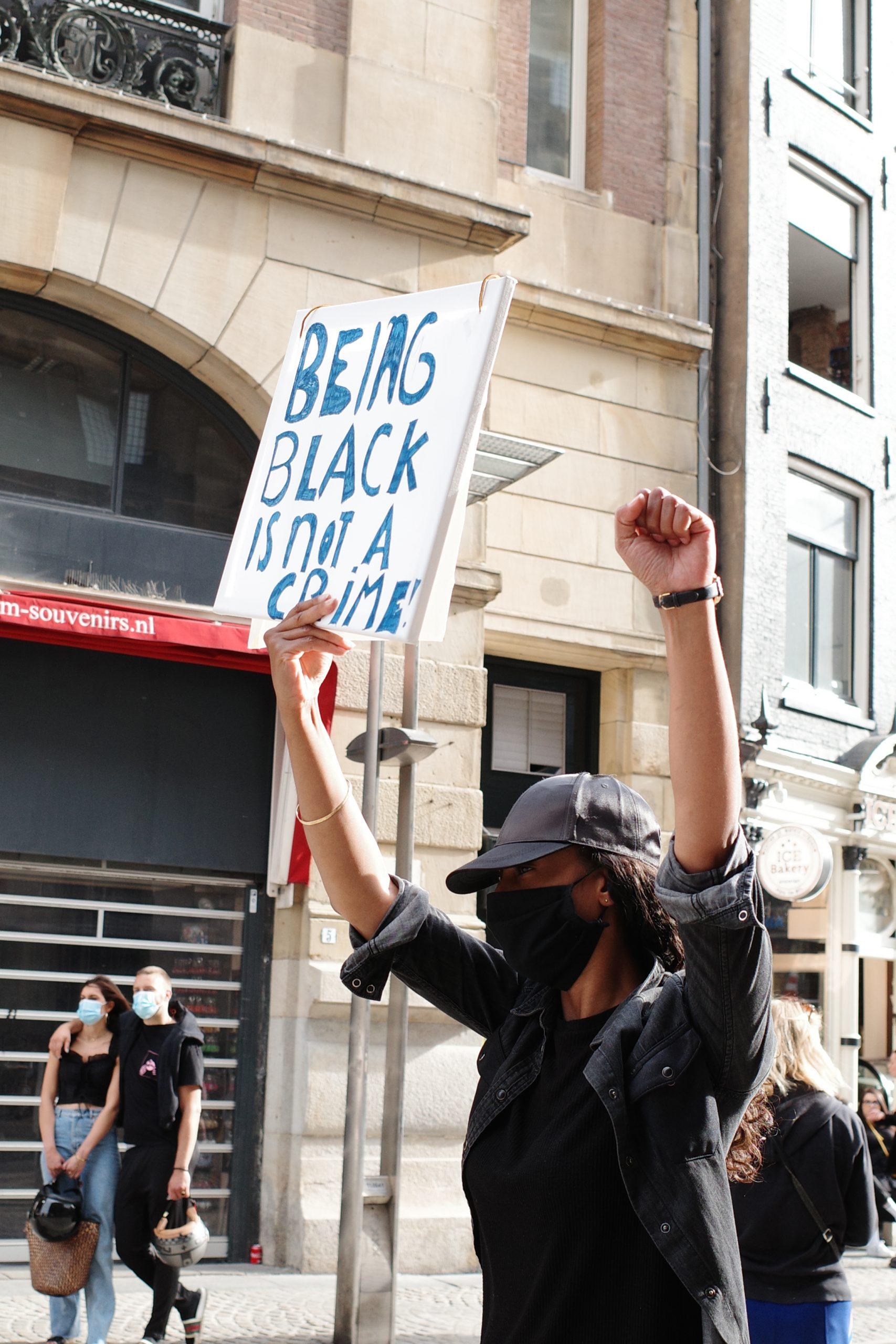 Hard//talk: 'Black Lives Matter' betekent óók in Nederland politiegeweld tegengaan 1