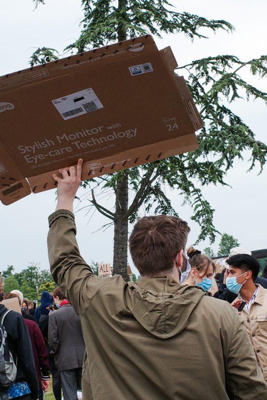 Nieuws in Beeld: Hoe het bedrijfsleven demonstraties mogelijk maakt 14